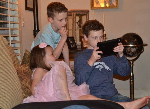 IPAD's are SO interesting! Did you know three can play on one mini at a time? True